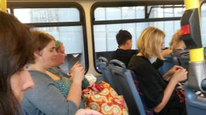 Bus knitting